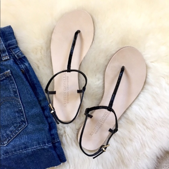 8134fae57 Chinese Laundry Black Patent Leather Thong Sandals